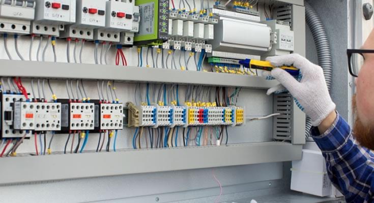 写真:低圧電気